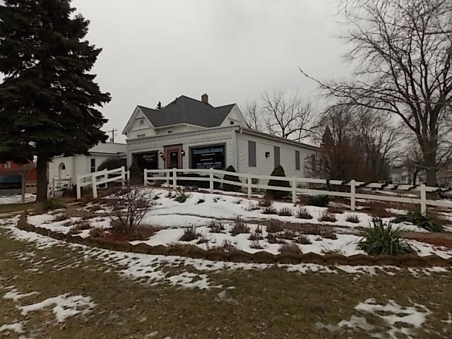 511 W Madison Ave, Fort Atkinson, WI 53538