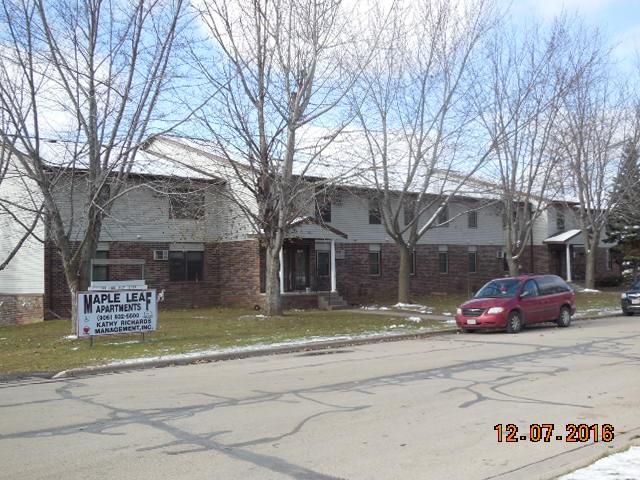 451 Grove St, Manawa, WI 54949