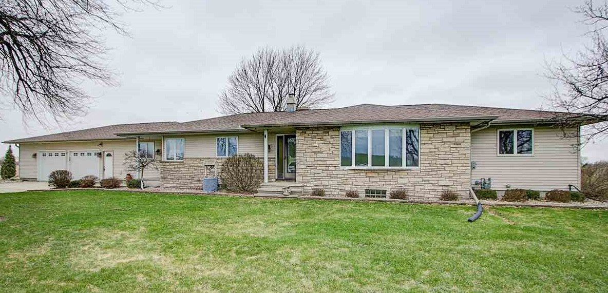 N11777 COUNTY ROAD MM, Chester, WI 53963