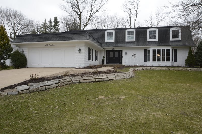 814 CHARING CROSS RD, Maple Bluff, WI 53704