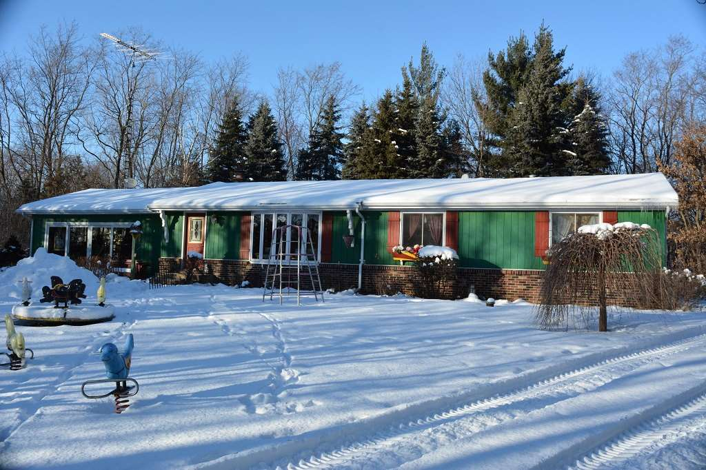 W4870 COUNTY ROAD X, Manchester, WI 53946