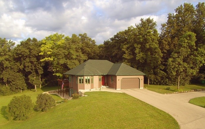 9514 UNION VALLEY RD, Vermont, WI 53515