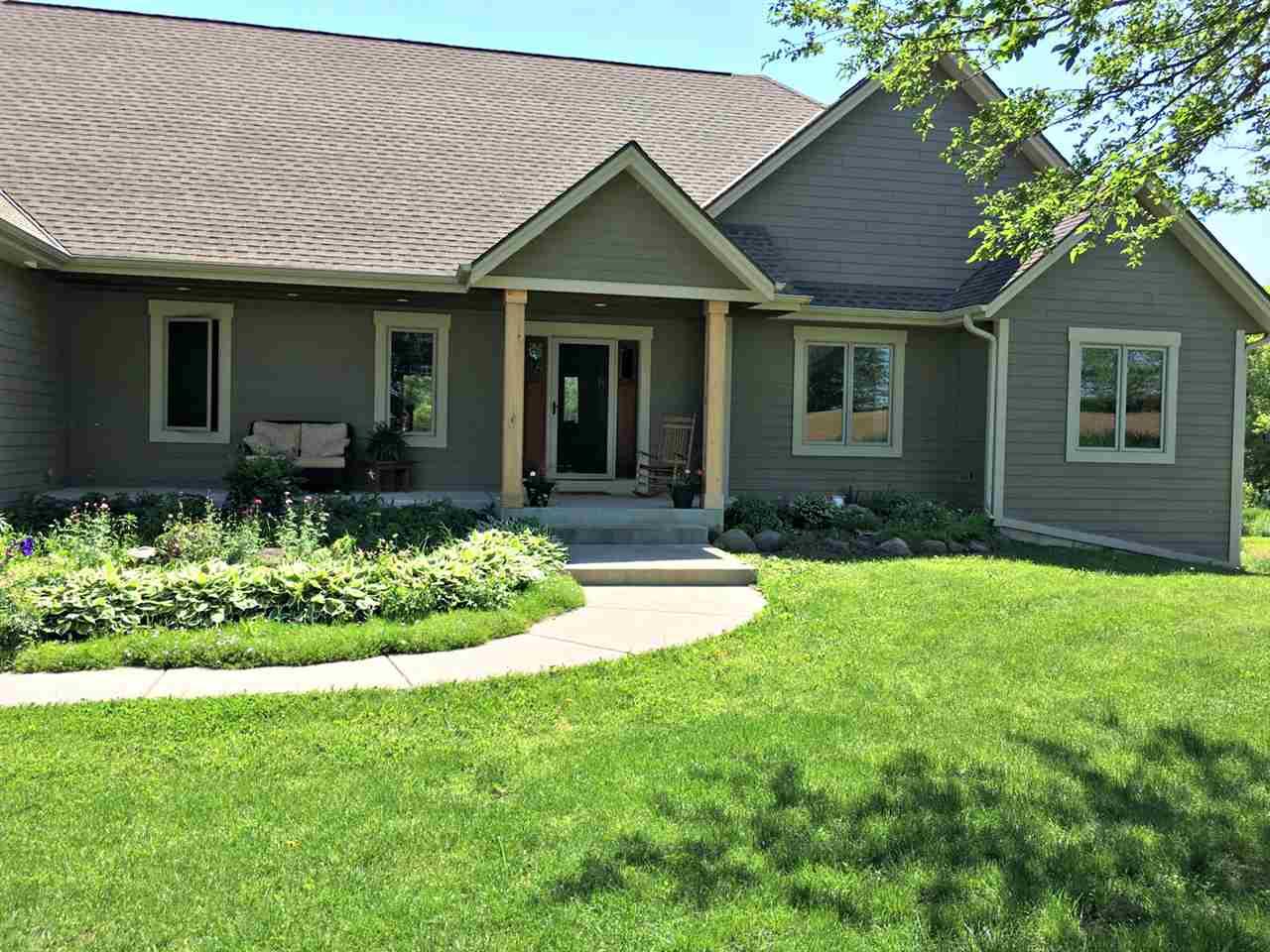 N6395 County Road E, Concord, WI 53066