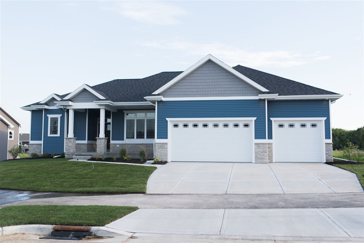 3016 Mourning Dove Dr, Cottage Grove, WI 53527