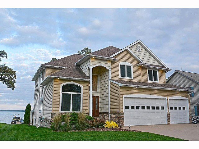 2242 COUNTY ROAD AB, Dunn, WI 53558