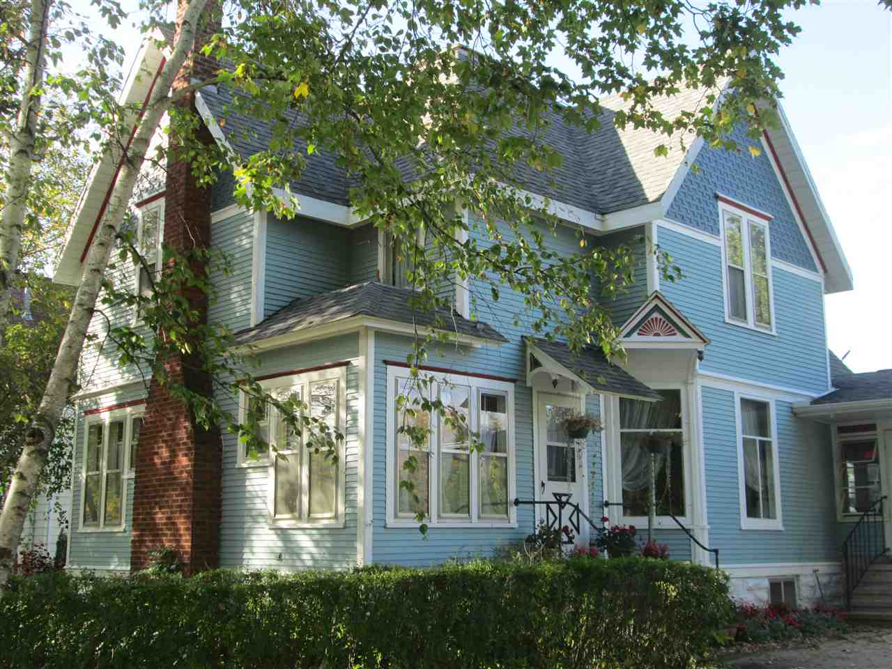 136 W LIBERTY ST, Evansville, WI 53536