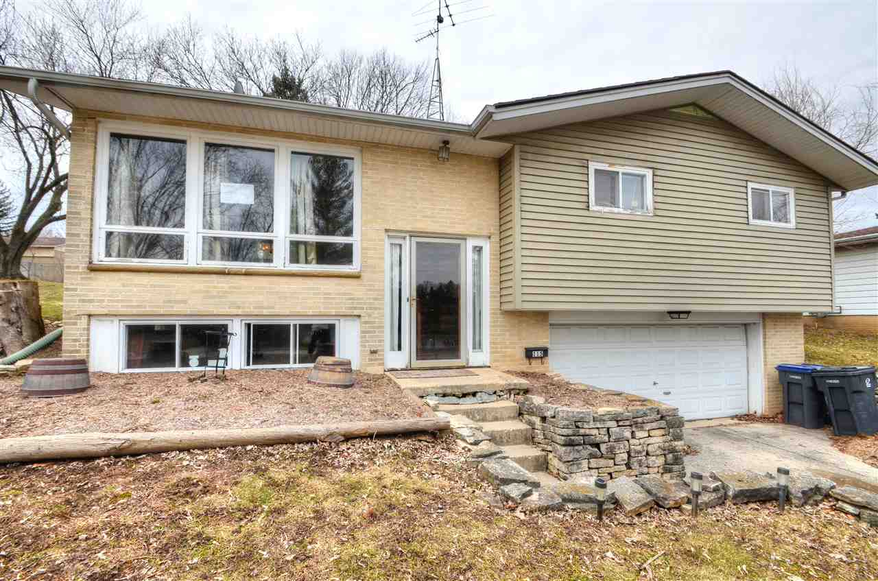 115 RIVERVIEW HGTS, Mayville, WI 53050