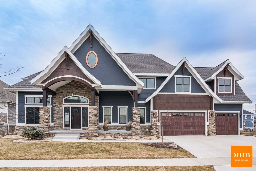 1105 Guinness St, Waunakee, WI 53597