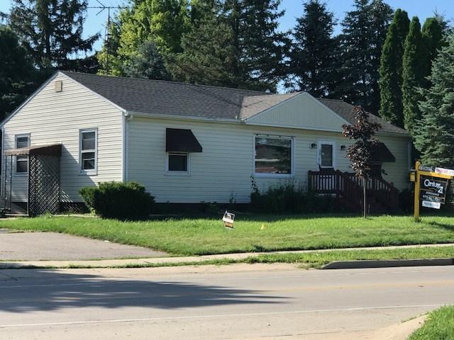625 N Wisconsin St, Elkhorn, WI 53121
