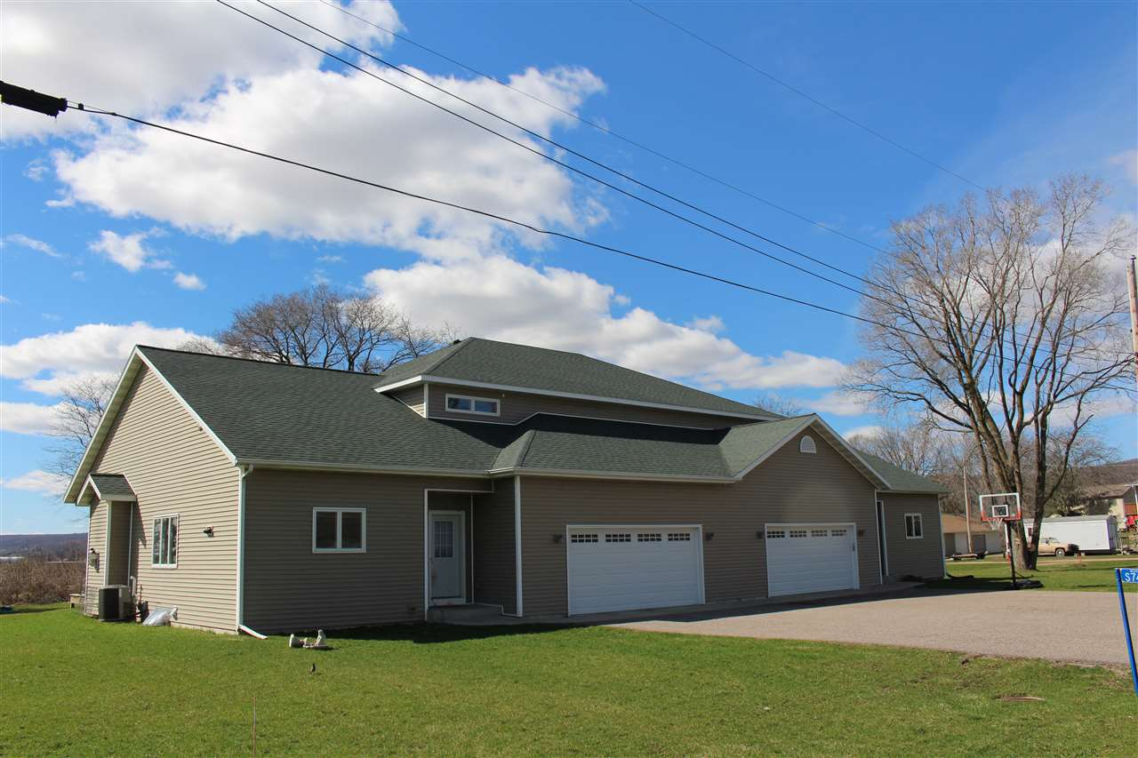 S7463 & S7467 Western Ave, Sumpter, WI 53951