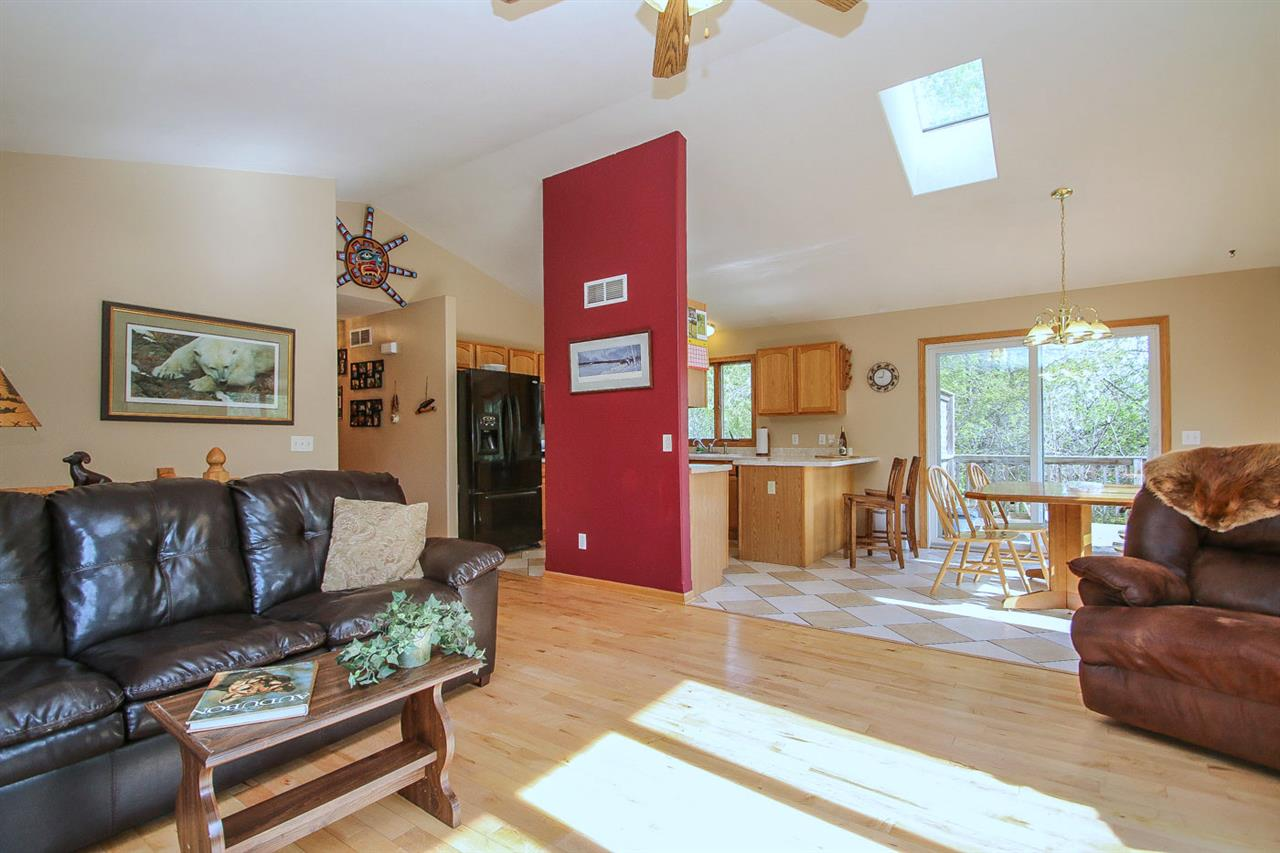 W1116 SCHALLER RD, Albany, WI 53502