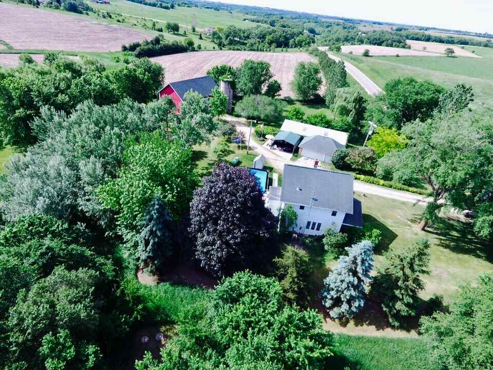 2502 County Road Z, Blue Mounds, WI 53517