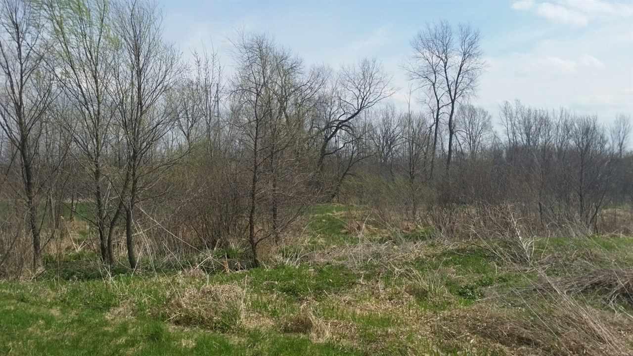 L52 Deer Run Dr, Fall River, WI 53932