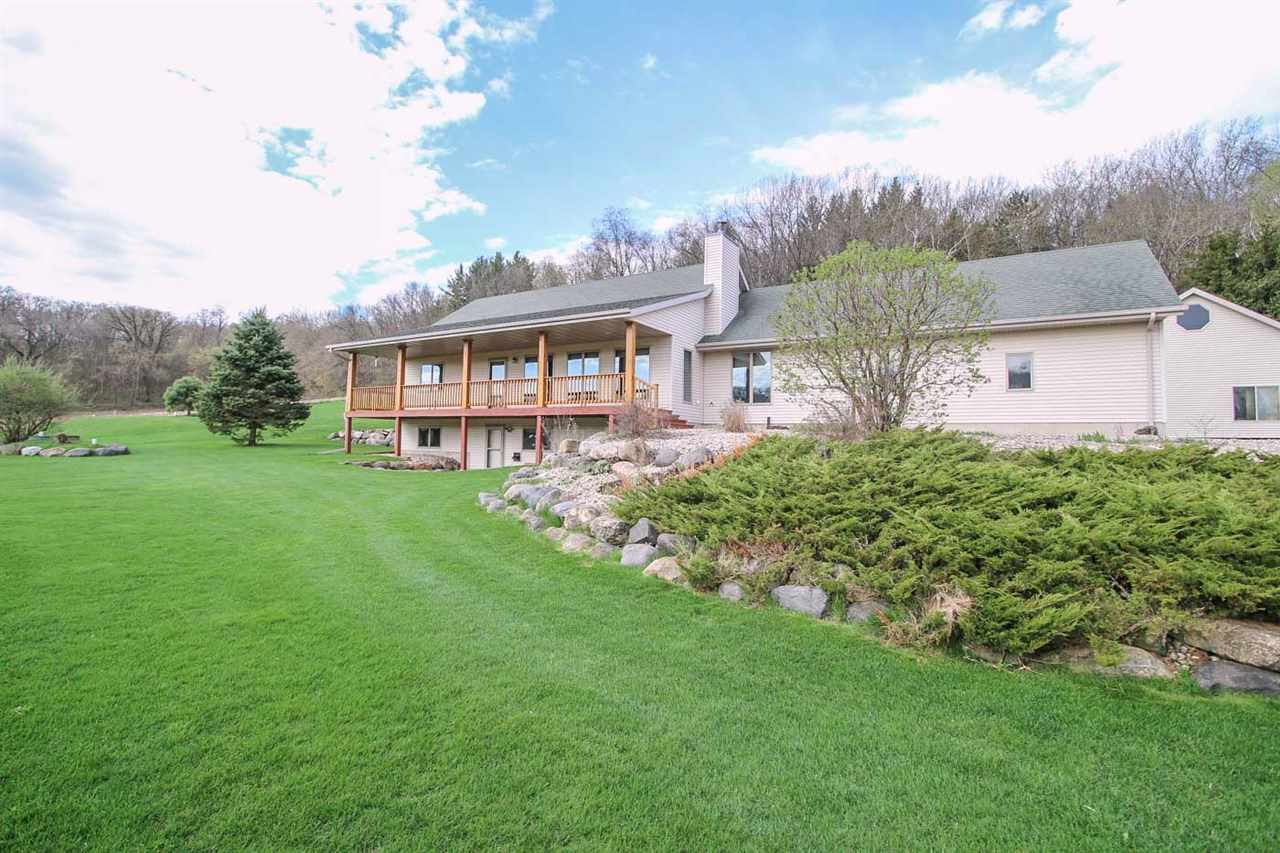 9282 GORST RD, Berry, WI 53560