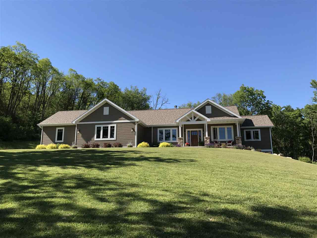 W12486 Wartner Rd, West Point, WI 53555