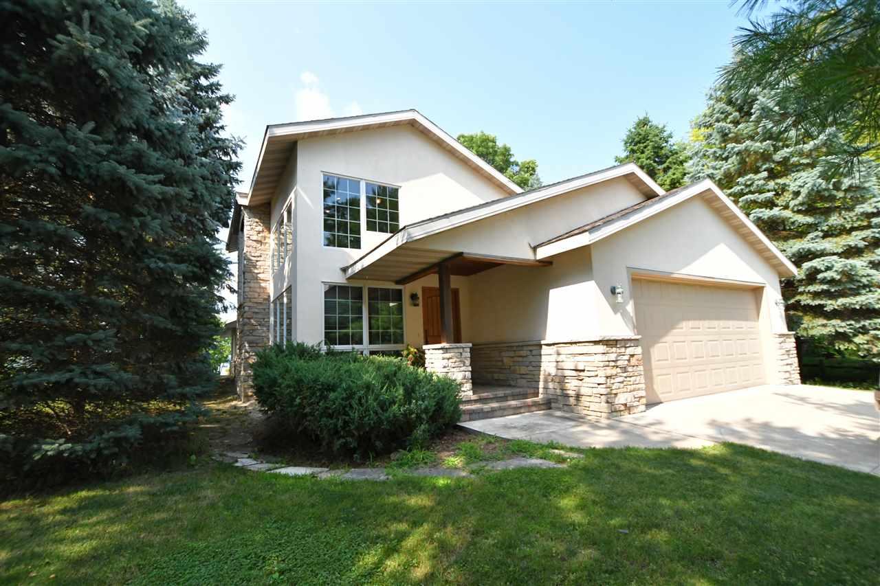 W2836 Oak Terrace Ln, Green Lake, WI 53946