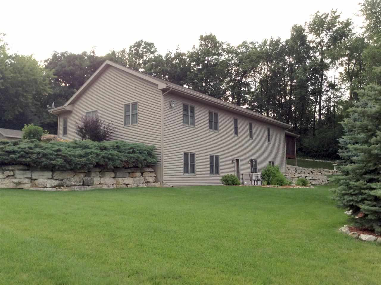 148 Stoney Ridge Rd, Ripon, WI 54971