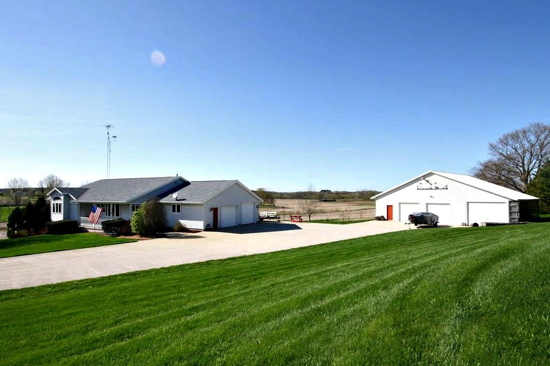 W9860 COUNTY ROAD GG, Lowell, WI 53579