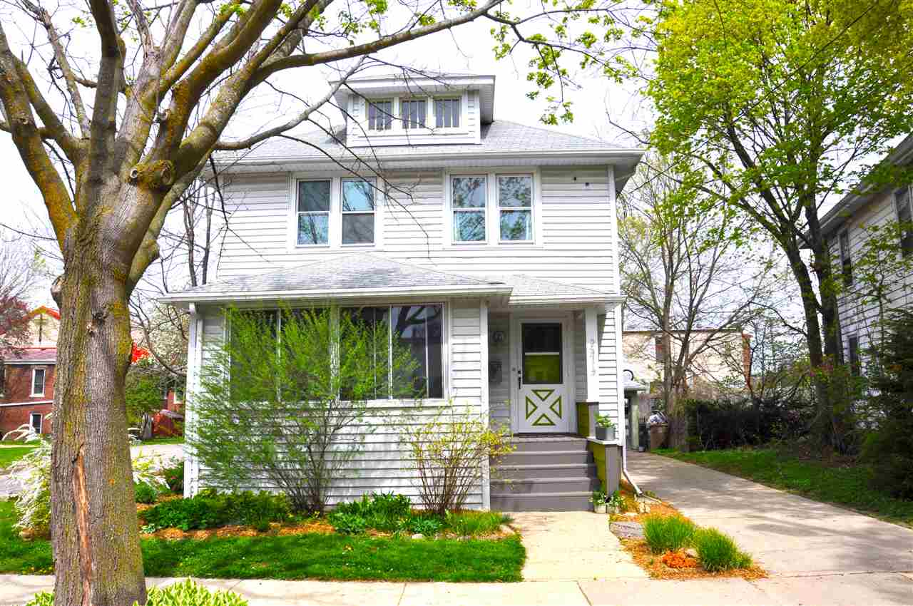 2414 SOMMERS AVE, Madison, WI 53704