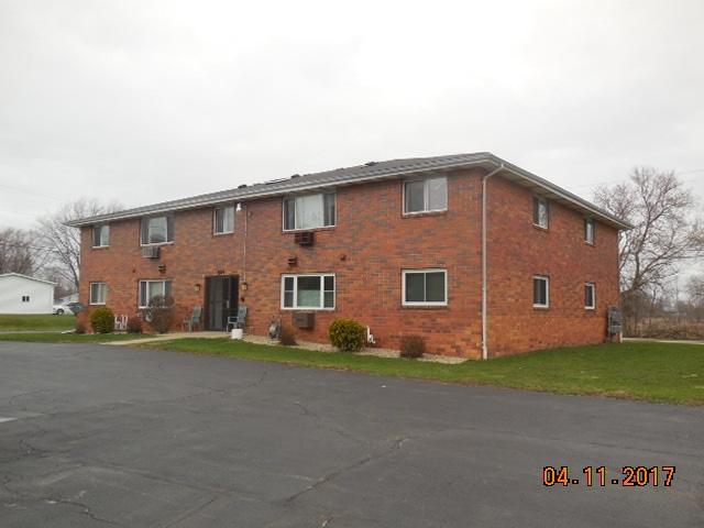 504-506 Burdick St, Black Creek, WI 54106