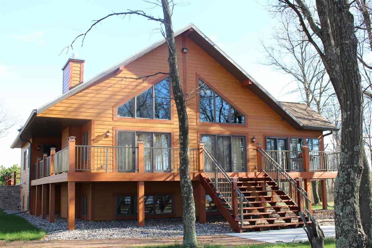 W4733 Big Bay Dr, Armenia, WI 54646