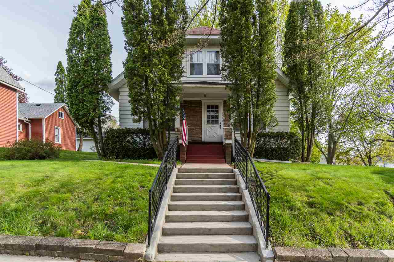 539 3RD AVE, Baraboo, WI 53913