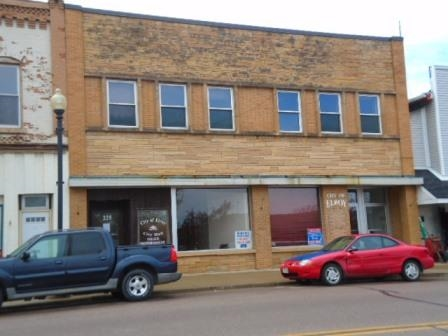 125 Main St, Elroy, WI 53929