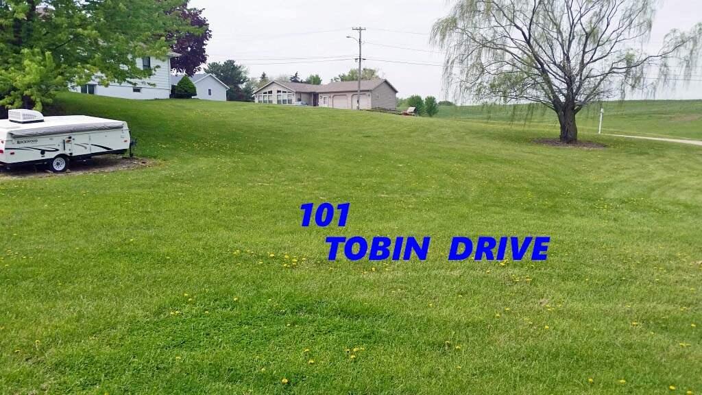 101 TOBIN DR, Tennyson, WI 53820