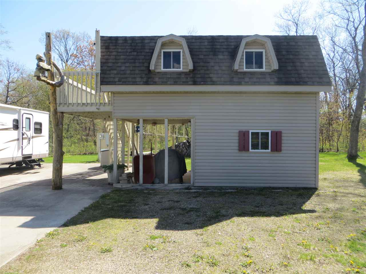 2904 Oak Ave, New Chester, WI 53936
