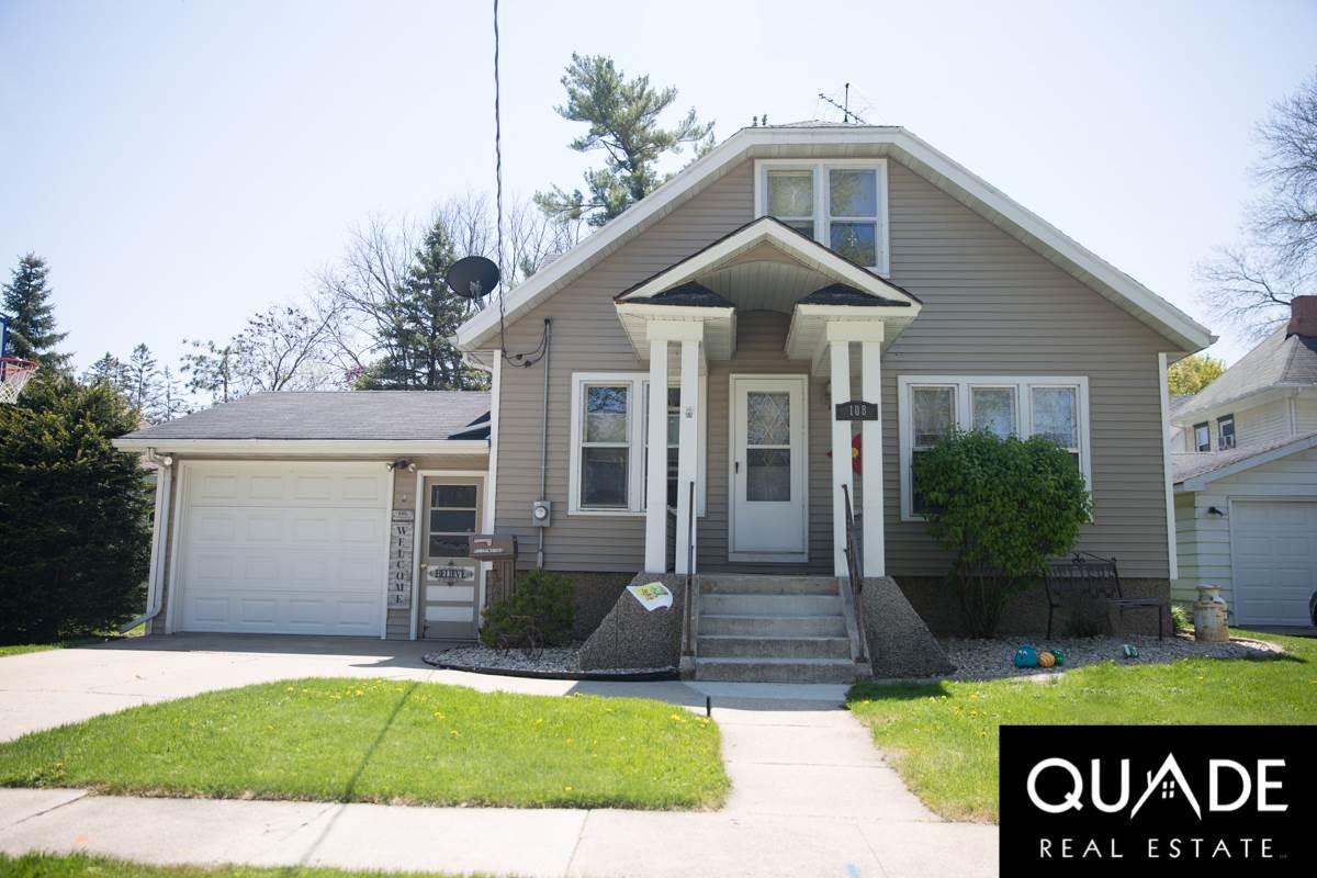 108 Pierce St, Randolph, WI 53956
