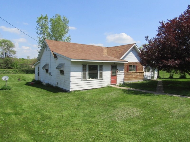 210 W OLD HWY RD, Browntown, WI 53522
