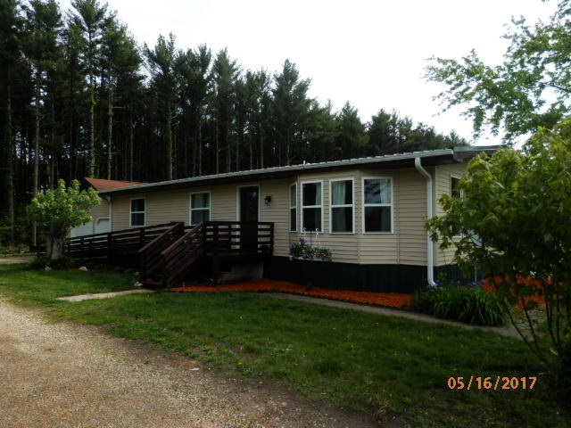 1369 Pine Rd, Muscoda, WI 53573