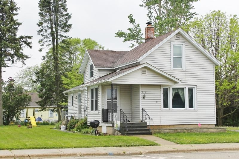 222 MAIN ST, Arlington, WI 53911