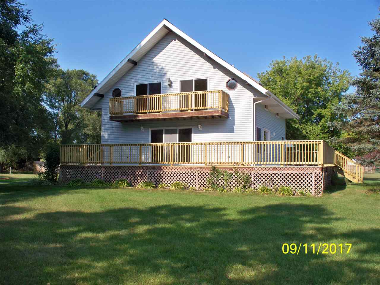 7427 Lexington St, Arena, WI 53503