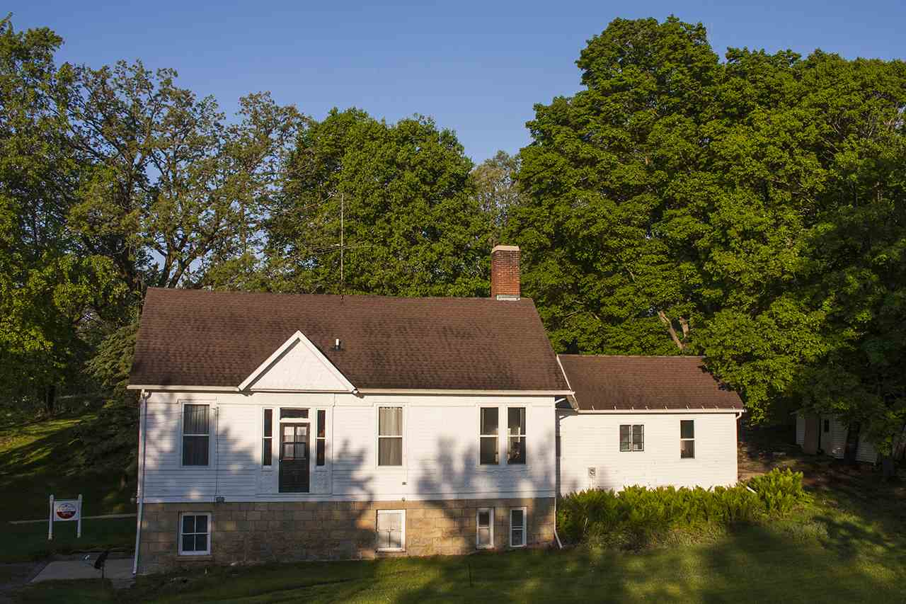 270 Shakerag St, Mineral Point, WI 53565