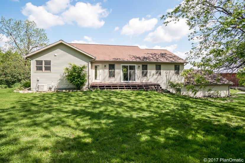 W8301 Doepke Rd, Waterloo, WI 53594