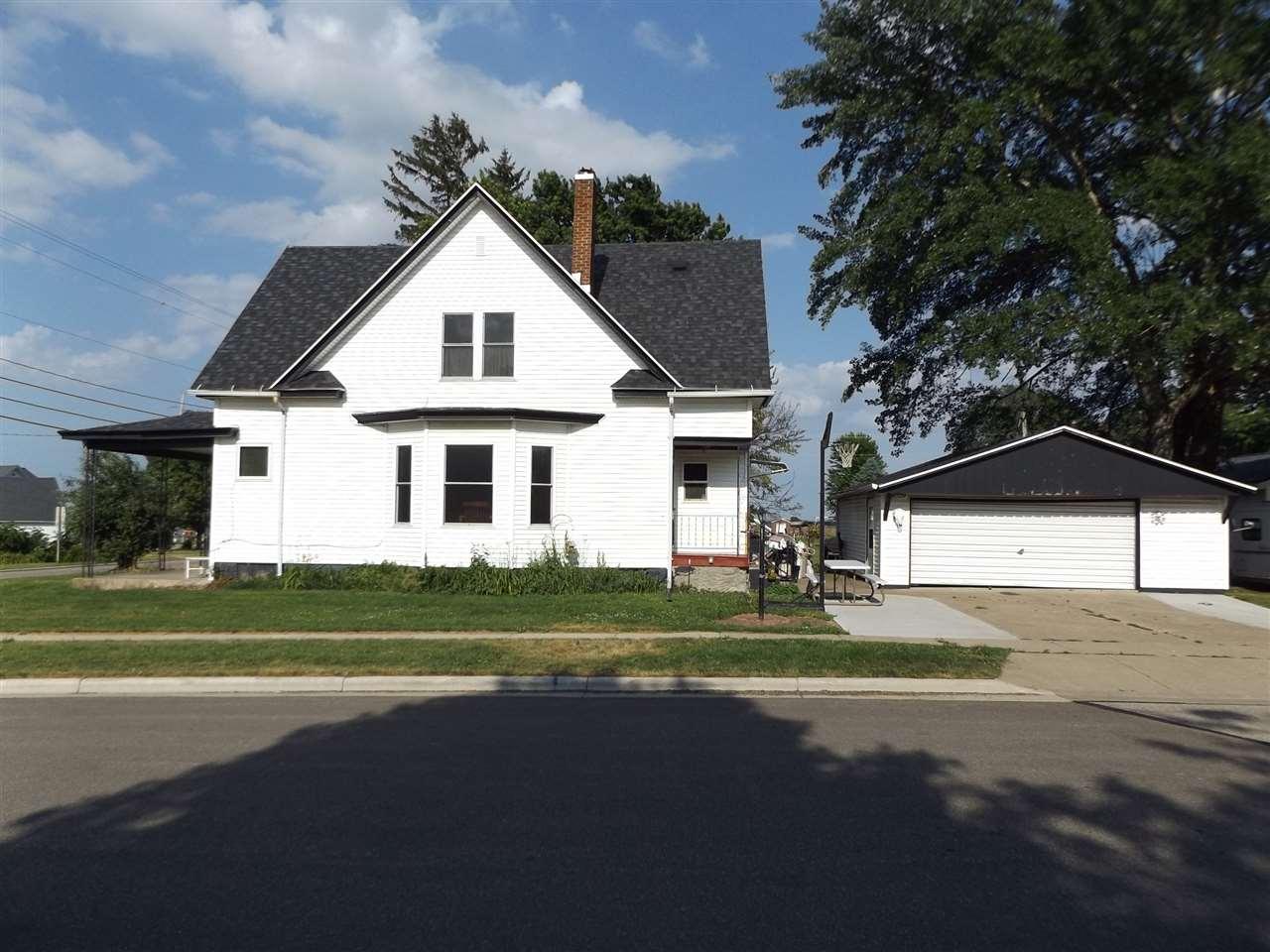 120 W County Road E, Livingston, WI 53554
