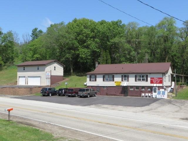 W7090 County Road B, Kingston, WI 53926
