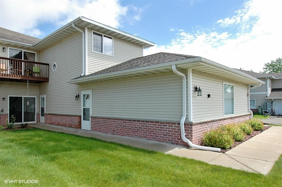 330 BROOKSIDE DR 1007, Mayville, WI 53050
