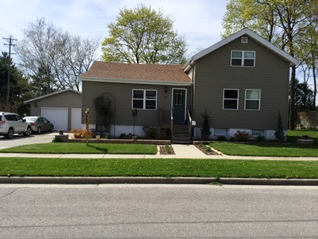 1214 S 9th St, Watertown, WI 53094