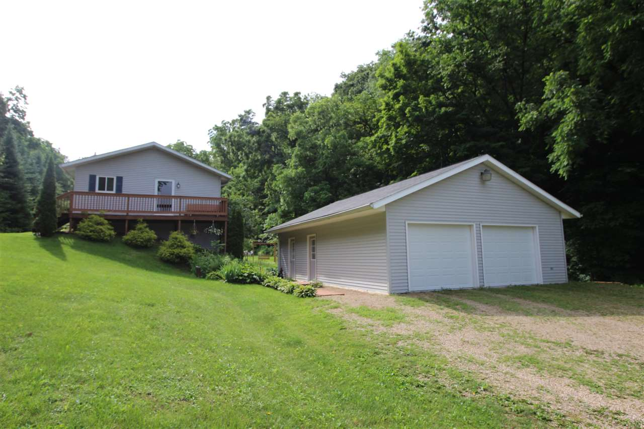 13581 Taylor Hollow Rd, Richwood, WI 53518