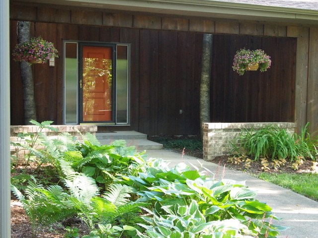 1802 Camelot Dr, Madison, WI 53705