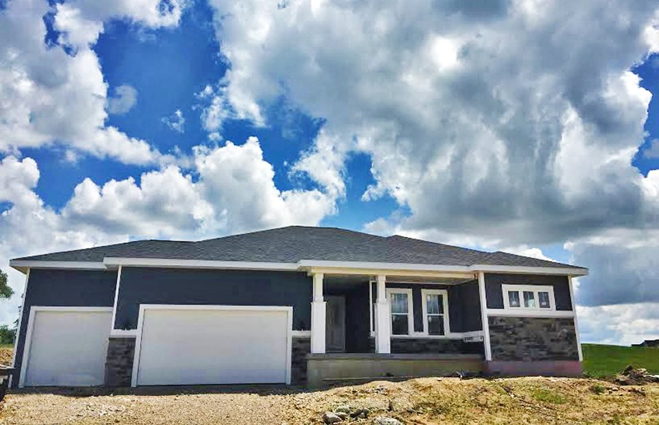6618 WOLF HOLLOW RD, Windsor, WI 53598