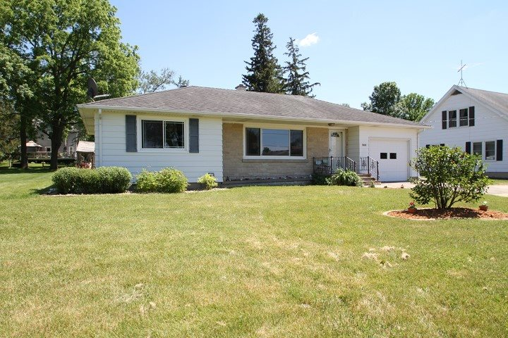 4649 County Road DM, Windsor, WI 53571