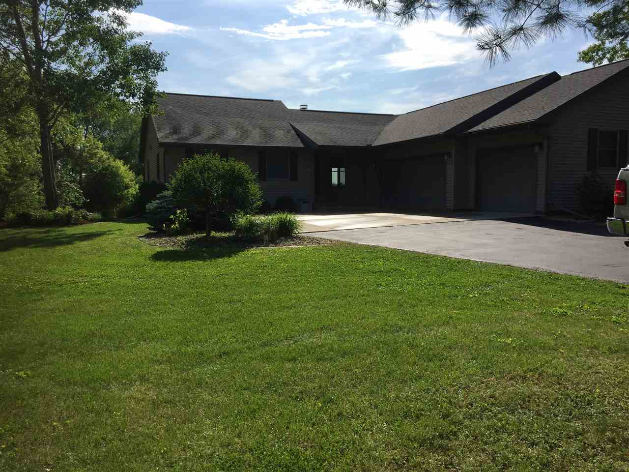 7811 N Territorial Rd, Union, WI 53536