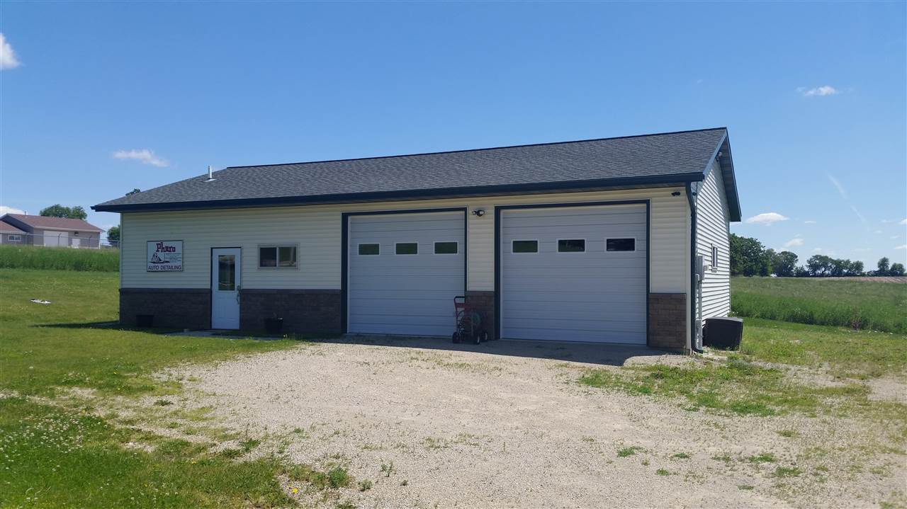 204 Highland Dr, Cambria, WI 53923