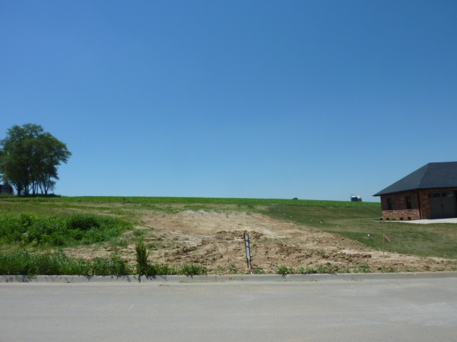 L27 Lacey Ct, Jamestown, WI 53812