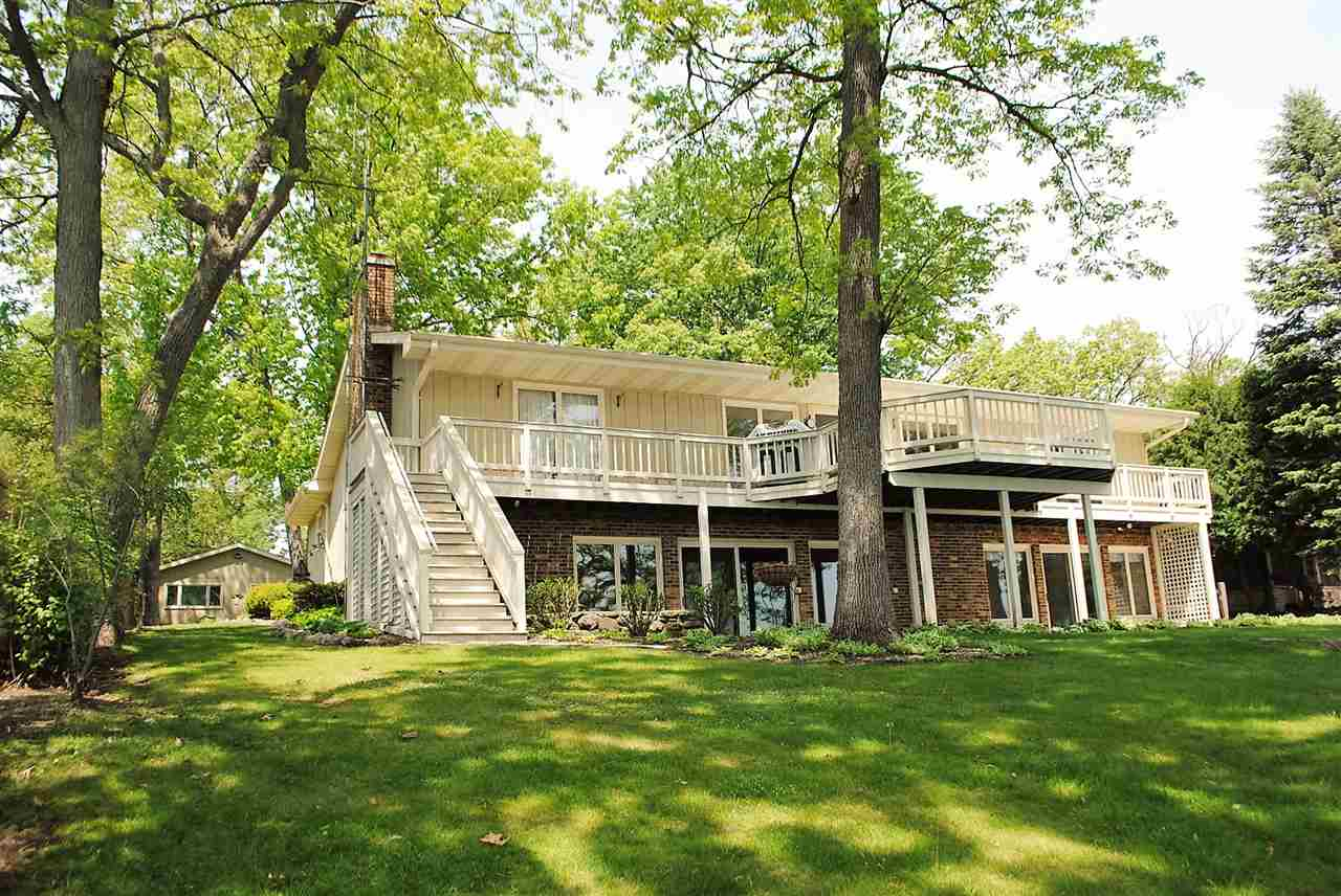 346 Forest Ave, Green Lake, WI 54941