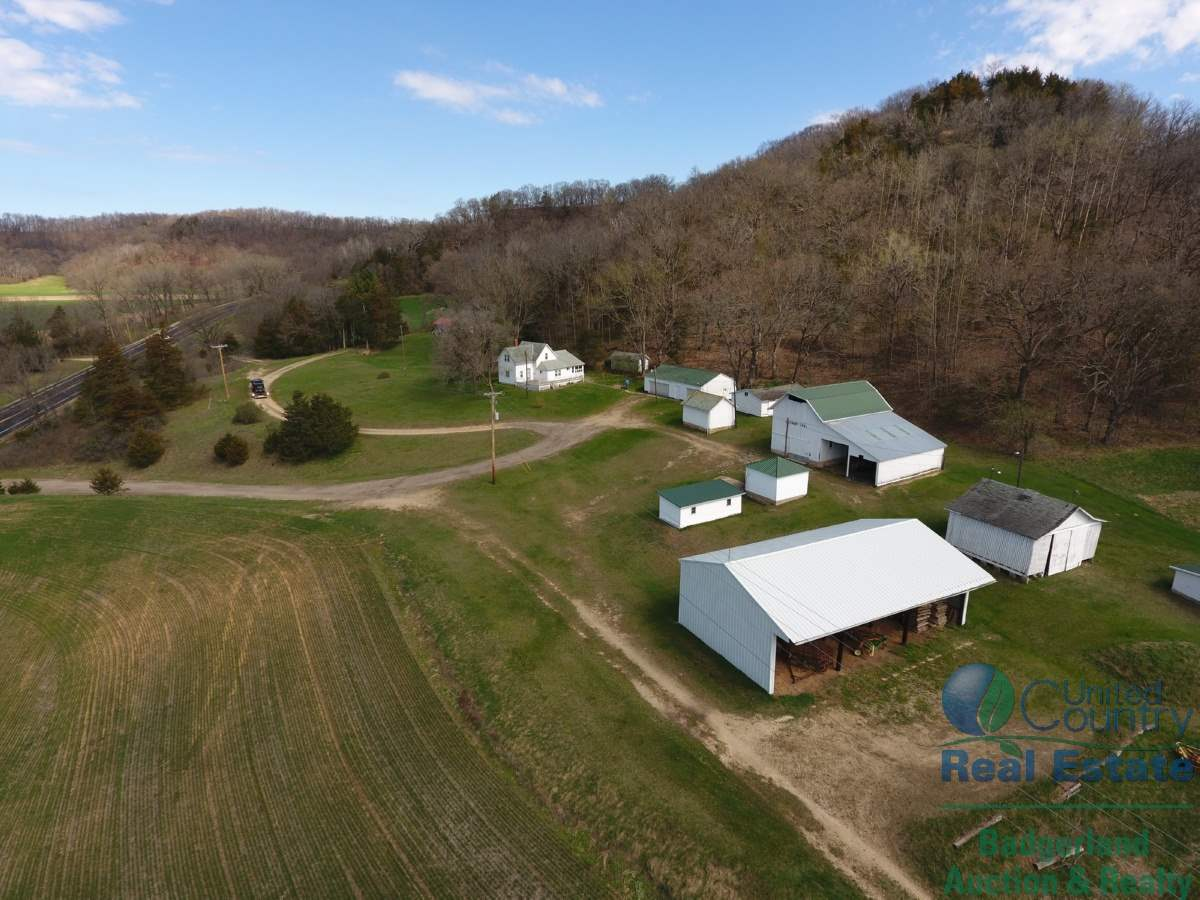 S12002 Hwy 23, Spring Green, WI 53588