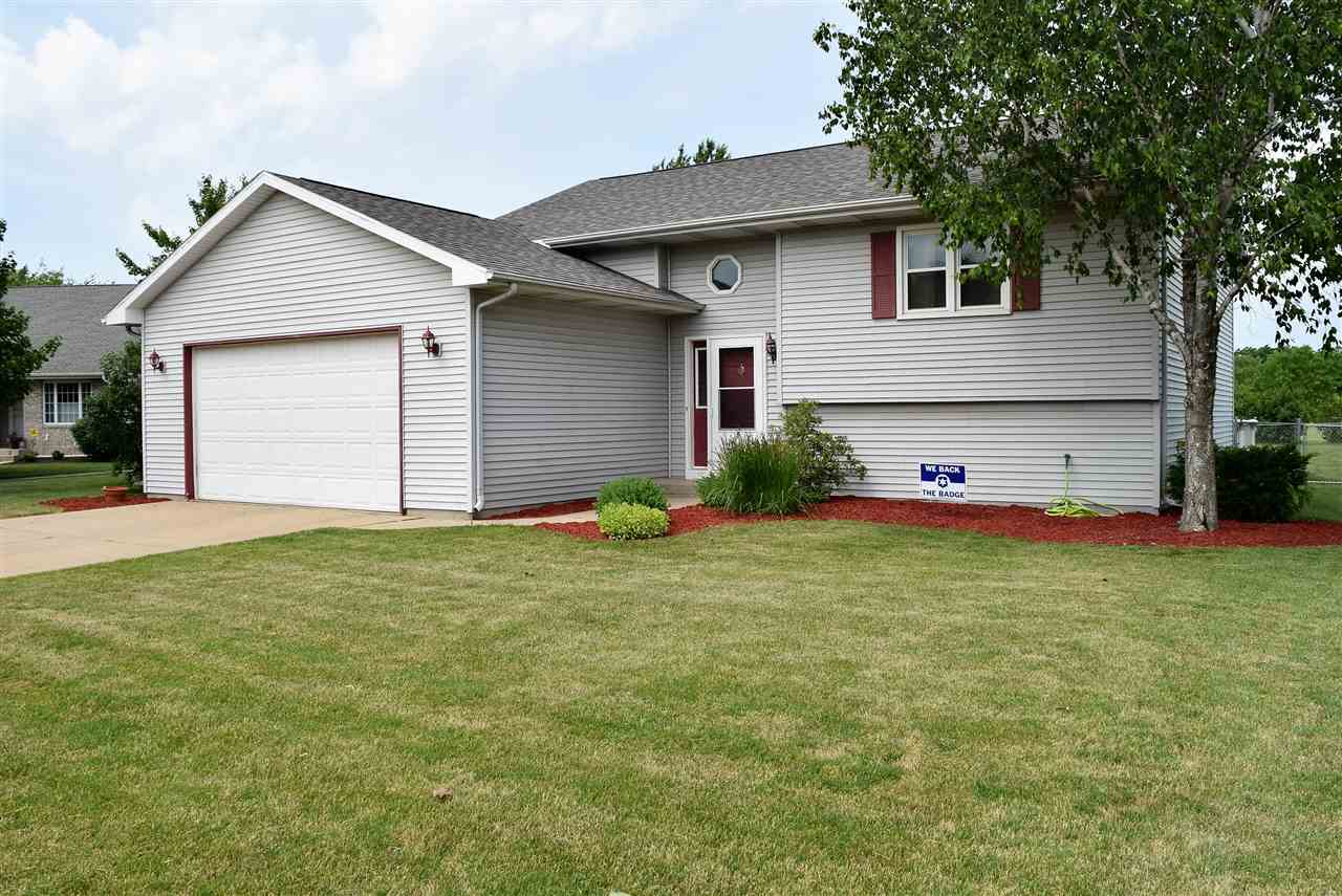 418 Wagner Dr, Clinton, WI 53525